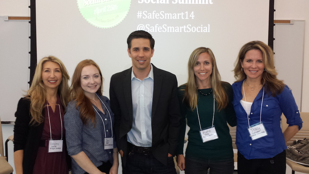 Safe Smart Social Panel 3